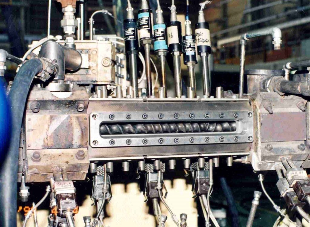 General construction of compounding extruder package